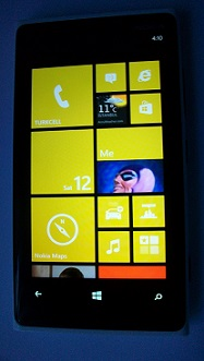 Nokia Lumia 920 Windows 8 Phone with yellow theme color